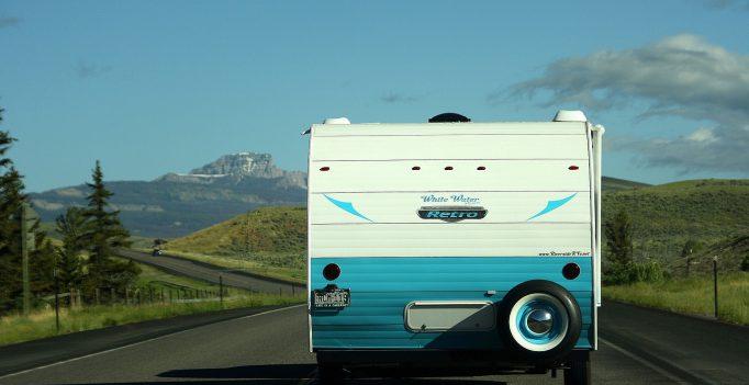 Caravan net uit de caravan wasstraat